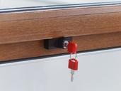 Детский замок (блокиратор) с цилиндром и ключом Internika, коричневый