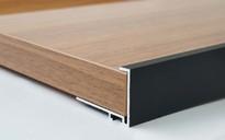 Профиль торцевой для фасадов 18 мм, серия MONA, L=3000 мм, алюминий, черный.