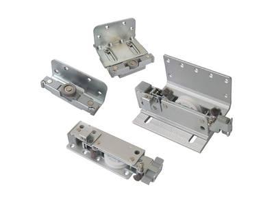 FM602 Комплект накладных роликов и доводчиков на 3 двери, FIRMAX. Изображение