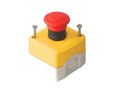 Кнопка аварийной остановки наружного монтажа 68х68 5027031332 Изображение