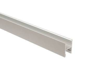 Планка средняя, алюминий, L=5800 мм, серебро. Изображение