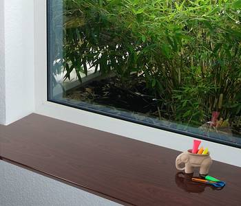 Подоконник пластиковый Moeller 500мм, махагони глянцевый Изображение 3