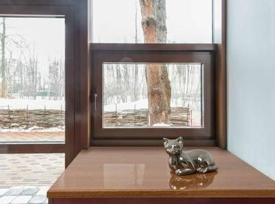 Подоконник пластиковый Moeller 600мм, золотой дуб глянцевый с 2 капиносами Изображение 3