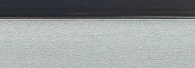 Кромка для ДСП и МДФ плит REHAU (PMMA, 3D, деко черный глянец, 23х1 мм, двухцветная) Изображение