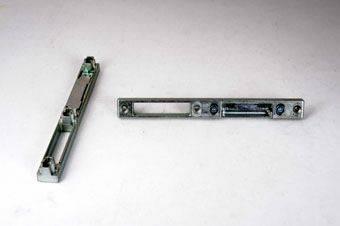 Планка под ригель-фаль, левая универсальная в фурнитурный паз Изображение